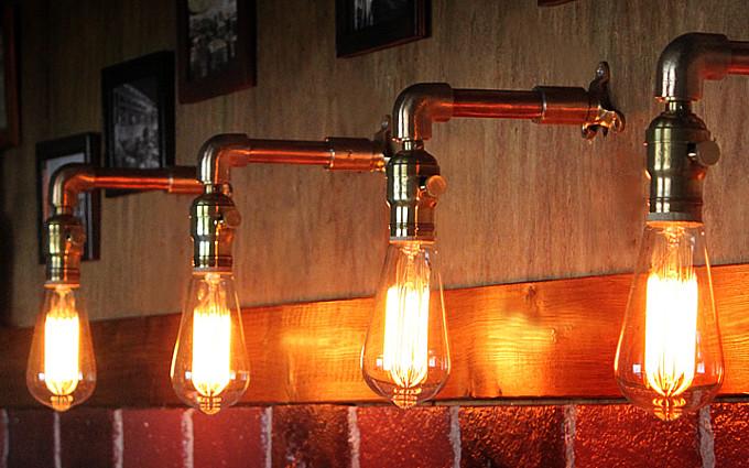 HALEBRO社ターン式真鍮ソケット&角度調整付き工業系ミニブラケット/インダストリアルアンティークヴィンテージ壁面照明
