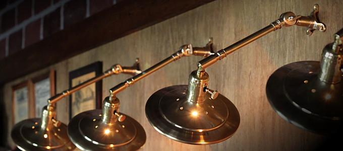 USAヴィンテージ工業系角度調整付き平型シェード真鍮ブラケットA