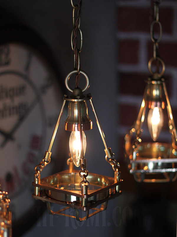 ケージ&レンズ付真鍮製工業系ペンダントライト/Hi-Romi.comオリジナル照明/インダストリアル吊下げライト/スチームパンク