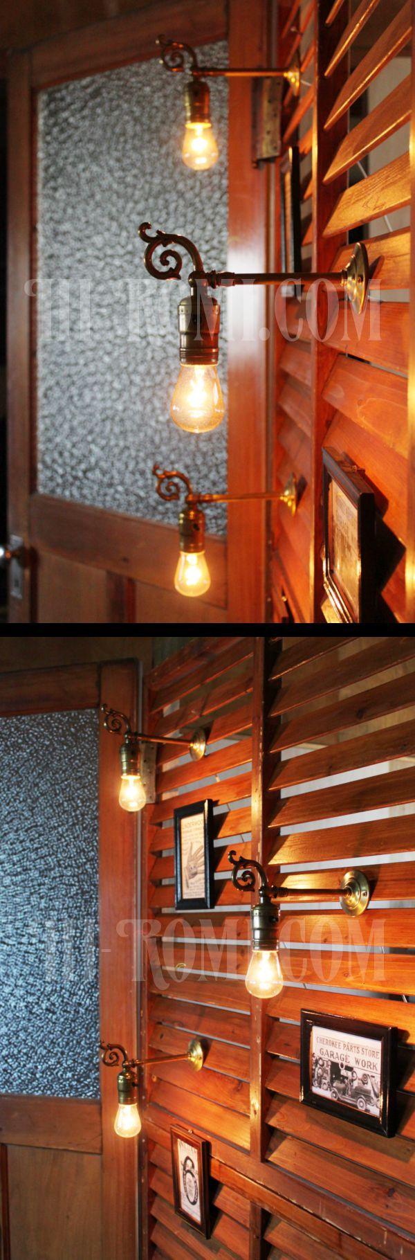 ヴィンテージヴィクトリアン調真鍮飾りのブラケットランプA/アンティーク照明