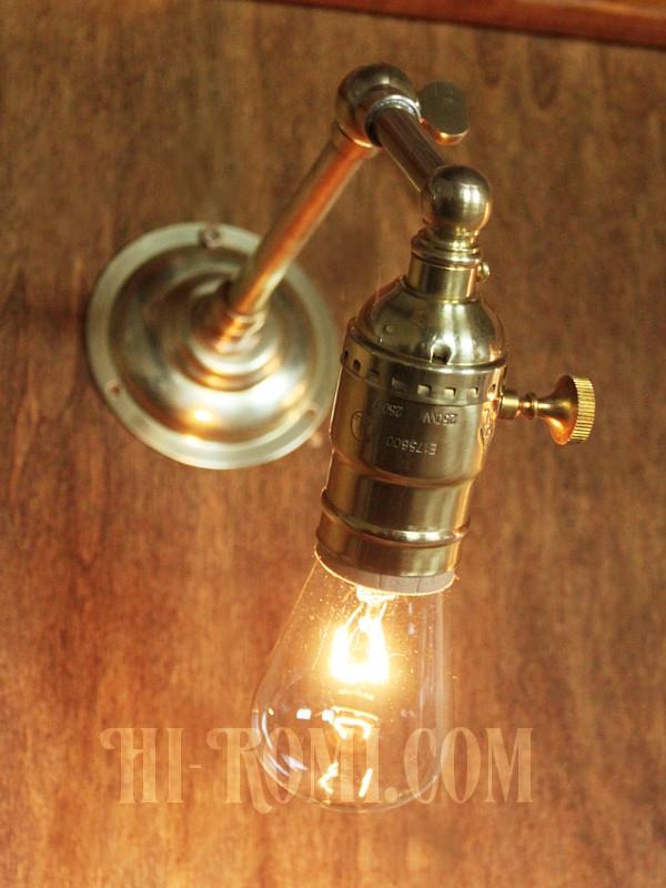 ADLターン式真鍮ソケット&角度調整付き工業系ミニブラケット/インダストリアルアンティークヴィンテージ壁面照明